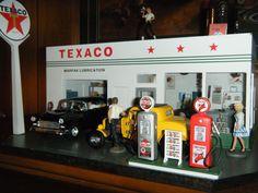 American Graffiti, Teen Movies, Texaco, Hot Rods, Liquor Cabinet, Toys, Vintage, Home Decor, Activity Toys