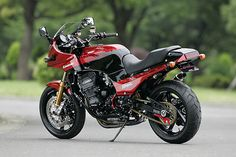 Kawasaki GPZ 900 R Sport Package Type-R by Sanctuary Tokyo West