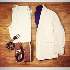 Dressing cool and casual is easy if you know who to listen to for fashion advice . Our Tuesday mood board is here: 1. Casual linen blazer 2. Mandarin collar linen shirt 3. Beige washed chino pants 4. Stretchable webbed belt 5. Lace up espadrilles.  Available at www.zobello.com  #dappermen #casualwear #summerlook #instadaily #zobelloclothing #zobellodotcom #zobelloman #mensfashion #menswear #menstyle #fashiongram #onlineshop #clothingbrand #instalove #instagood #streetfashion #moodboard