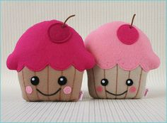 Cupcake softies. So cute. Would be great for cupcake page (2d)for next busy book