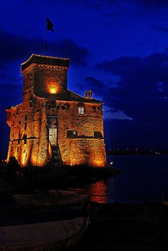 Castle by the sea, Rapallo