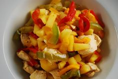 This easy low calorie dinner recipe for Pineapple Chicken Stir Fry with Bell Peppers is so flavorful and filling, it& hard to believe that each serving is just 3 Points +. This is one of most favorite healthy Weight Watchers Recipes. Ww Recipes, Dinner Recipes, Cooking Recipes, Healthy Recipes, Paleo Dinner, Recipies, Skinny Recipes, Dinner Ideas, Healthy Snacks