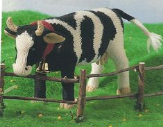 Elfi-Jo: GEBREIDE KOE + breipatroon. Goats, Cow, Horses, Knitting, Animals, School, Clothes, Plushies, Amigurumi