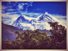 http://desdelasmontanas.blogspot.com/