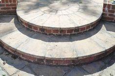 Circular - Garden Steps