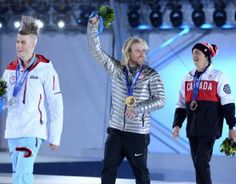 Watch Sage Kotsenburg's closest friends lose their minds over gold medal - USA Today