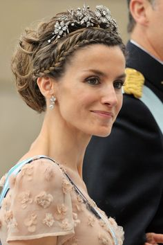 The Princess of Asturias at the wedding of the Swedish Crown Princess in 2010 Tiara of diamonds set in gold & silver in floral & vegetable motifs, and is the personal propriety of Her Majesty. It was a wedding gift from the Spanish people to Princess Sophia of Greece and Denmark on the occasion of her wedding to Prince Juan Carlos of Spain. Diadem was acquired in Madrid's Aldao Jewellery Firm in 1962.