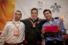 Aprendices durante premiación de Worldskills Colombia 2012