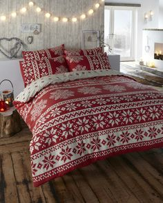 A retro Alpine snowflake print duvet cover and pillow case set. 1 Single duvet cover (137cm x 198cm) 1 Pillow case (48cm x 74cm). 1 Double duvet cover (198cm x 198cm) 2 Pillow cases (48cm x 74cm). | eBay!