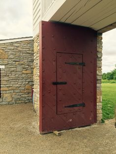 The front gate to Fort Snelling.