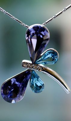 Swarovski Elements Purple & Blue Crystal Pendant Dragonfly Necklace Silver Plated Chain  $20.00 Free Shipping