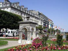 Boulevard des Pyrénées, Pau, Aquitaine