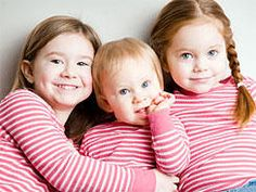 As parents, when you're considering making the jump from two kids to three, one specific thought will enter your mind: Middle Child Syndrome. Big Sister Little Sister, Little Sisters, Middle Child Syndrome, Birth Order, National Sibling Day, Pediatric Nursing, Facts For Kids, First Health, Psychology Today
