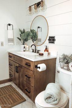 Bathroom Renos, Bathroom Ideas, Small Spa Bathroom, Master Bathroom, Wooden Bathroom Vanity, Colorful Bathroom, Small Bathroom Vanities, Bathroom Designs, Bathroom Organization