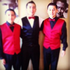 Chambelanes look was very Mickey Mouse. red vest boys wore black tuxedo coat and black vest Chambelan de Honor wore a white tuxedo coat Quinceanera Court, Quinceanera Dresses, Quinceanera Ideas, Tuxedo Coat, Black Tuxedo, Red Vest, Black Vest, Dama Dresses, 15 Dresses