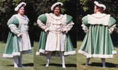 Stunning Henrician garb, fit for the King!