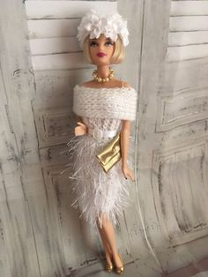 hand knitted barbie doll clothes / Outfit