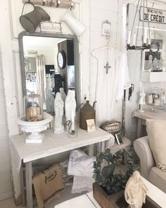 Myhome Vanity, Photo And Video, Mirror, Places, Palette, Furniture, Instagram, Videos, Photos