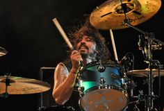 See Dave Grohl pictures, photo shoots, and listen online to the latest music. Ableton Live, Saxophone, Chris Shiflett, Piano, Foo Fighters Dave Grohl, Taylor Hawkins, Neil Peart, Instruments, Interview