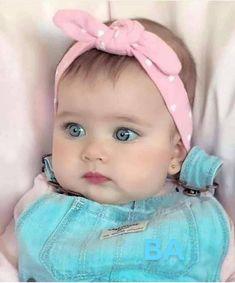 Quer ver sua loja em Destaque aqui com a gente? Cute Little Baby, Cute Baby Girl, Little Babies, Cute Babies, Baby Kids, Cute Kids Pics, Cute Baby Pictures, Baby Photos, Baby Swag