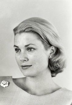 Grace & Family:  Princess Grace of Monaco pictured in 1962.