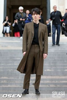 Asian Actors, Korean Actors, Korean Fashion Men, Mens Fashion, Paris Fashion, Lee Dong Wook Goblin, Lee Dong Wok, Lee Dong Wook Abs, Lee Dong Wook Wallpaper