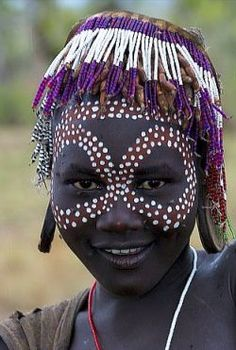 Young girl from the mursi tribe with face painting and beaded head piece~ Ethiopia African Tribes, African Women, African Art, Facial Painting, Body Painting, Cultures Du Monde, World Cultures, We Are The World, People Around The World