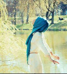 الحريه والاستقلاليه من قيمي التي لا احب التخلي عنها مهما كانت الظروف فأنا احب ان اكون مستقله بقراراتي وسلوكياتي وقناعاتي Hijab Fashion Beautiful Hijab Hijab