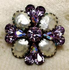 Vintage Regency Lilac Lavender Rhinestone Pearl Maltese Cross Brooch is a great piece in the design of a maltese cross set with oval cabochons with a pearl finish and lilac teardrop rhinestones. Vintage Jewelry Crafts, Vintage Costume Jewelry, Vintage Costumes, Antique Jewelry, Rhinestone Jewelry, Vintage Rhinestone, Vintage Brooches, Walmart Jewelry, Jewelry Stores