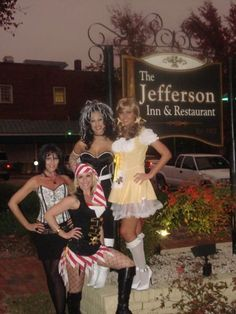 All dressed up at The #JeffersonInn. www.JeffersonInnSouthernPines.com