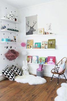 Una biblioteca Montessori para Valentina