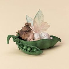 Kitchen Fairy how sweet is this sweet pea gotta have her awwww love it:)