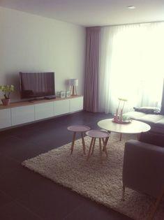 Tv meubel ikea met eiken plank: