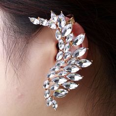 Fashion Single Rhinestone Wing Cuff Earrings Stud Earring For Women[US$3.08,shop cheap fashion earring at www.favorwe.com