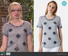 Maddie's grey embellished tee on Liv and Maddie.  Outfit Details: http://wornontv.net/51282/ #LivandMaddie