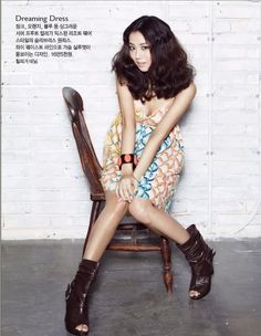already pinned this on my Korean Entertainment board, but I am repinning it here because I love this spring-y dress with booties!     Model is Korean actress Moon Chae Won