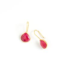 Angie Earrings $58 The Angie earrings are the perfect pop of color. This simply sweet teardrop pair features a vibrant pear ruby stone, set against shimmering gold vermeil. The light and airy Angie is ideal for day to evening looks. http://saranicole.kitsylane.com