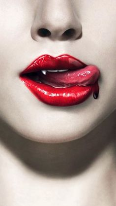 The Five Greatest Vampire Novels Written In The Past 100 Years The Five Greatest Vampire Novels, according to the latest issue of Dark Beaut...