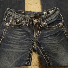 Girls Miss Me Jeans size 8 Boot Nice pair of Girls Miss Me Jeans size 8 Boot. Inseam 25.5. At the bottom of jeans on both legs there is a line. Miss Me Jeans Boot Cut