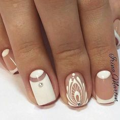 There are nail designs that include only one color, and some that are a combo of several. Some nail designs can be plain and others can represent some interesting pattern. Also, nail designs can differ from the type of nail… Read more › Fabulous Nails, Perfect Nails, Gorgeous Nails, Fancy Nails, Cute Nails, Pretty Nails, Manicure E Pedicure, Manicure Ideas, Nail Ideas