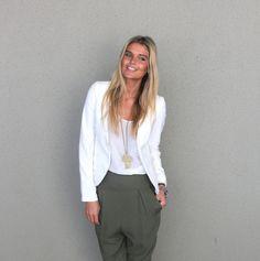 Olivia Colarless Blazer - Ivory - Gingham and Heels - Bondi Markets
