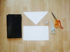 Silent Sweetheart.: DIY Leather Clutch Bag