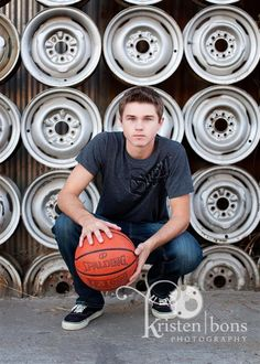 LOVE the backdrop (easy to recreate) - like the pose, would be good with no ball (hands clasped), smiling - Basketball Senior Pictures, Senior Pictures Boys, Graduation Pictures, Senior Photos, Senior Portraits, Senior Session, Family Pictures, Teenager Photography, Senior Boy Photography