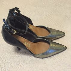 Dressbe | Scarpin Santa Lolla #scarpin #santalolla #shoes #sapato #moda #santalolla