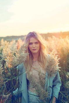 carmen kass arnaud pyvka16 Golden Girl: Carmen Kass Shines in Vogue Travel Shoot by Arnaud Pyvka