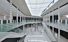 **Médiathèque Pavillon Blanc Colomiers (France)