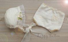 Taufbekleidung - Newborn Outfit Höschen Haube Prop Photography - ein Designerstück von Happy-BaBee bei DaWanda