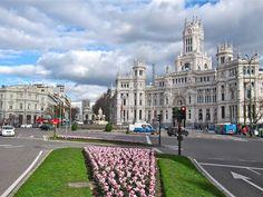 Plaza de Cibeles. Alcalá. Madrid.