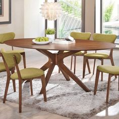 oval kitchen table to table a clean and simple but looks more modern Oval Kitchen Table, Dining Table With Leaf, Dinning Room Tables, Walnut Dining Table, Glass Dining Table, Dining Decor, Dining Room Design, Table And Chairs, Walnut Kitchen