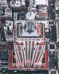 Empire State Building by @erwnchow - New York City Feelings